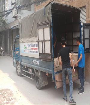 xe tải chở đồ 2